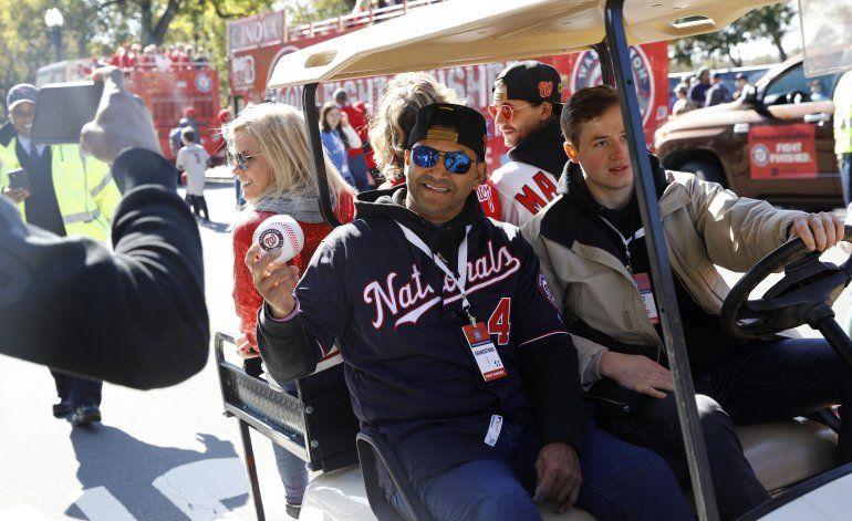 Fanáticos de Nacionales vitorean a sus ídolos