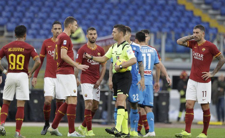 Cánticos discriminatorios marran triunfo de Roma ante Napoli
