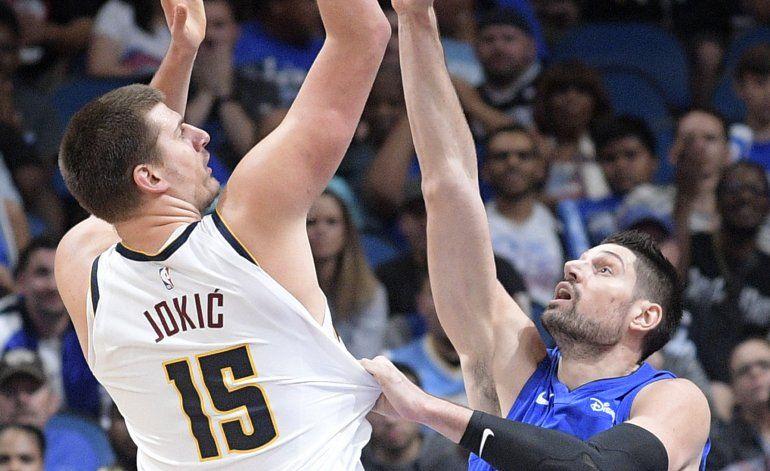 Murray y Jokic lucen; Nuggets derrotan a Magic