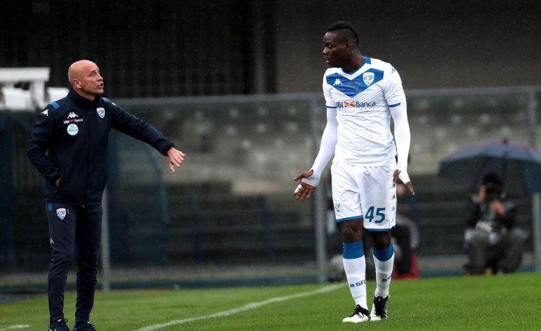 Cierre parcial de tribuna de Verona por racismo a Balotelli