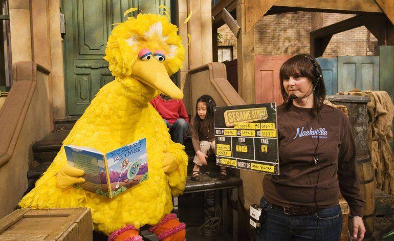 """Sesame Street"" celebra 50 años de ""bondad y humor"""
