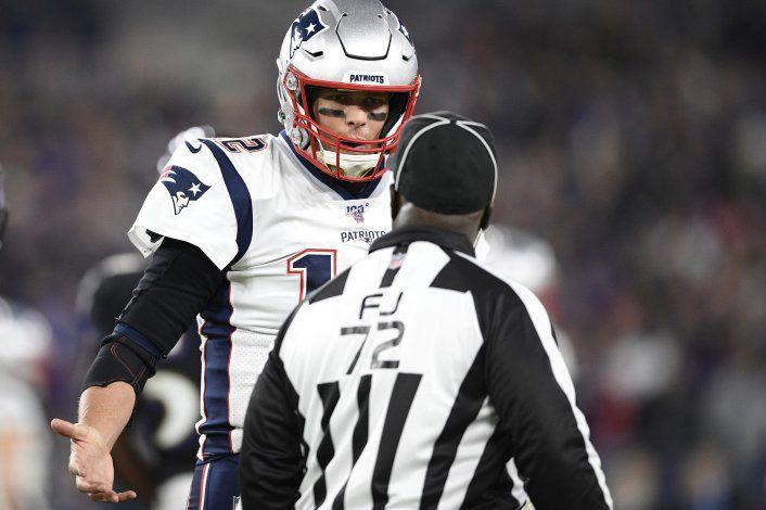 Pañuelos y faltas le dan un golpe a la NFL en su centenario