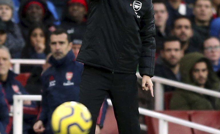 Xhaka ya no será capitán del Arsenal