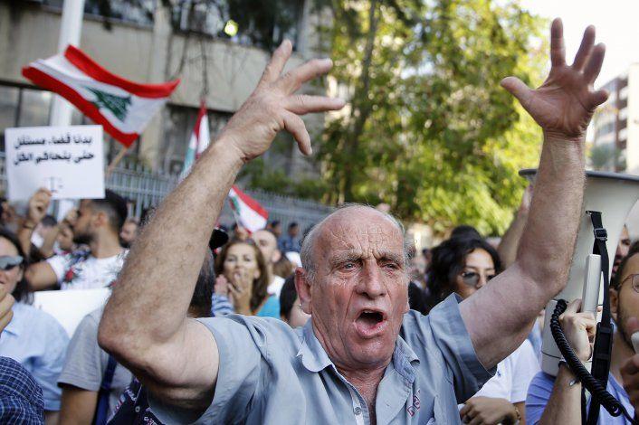 Banco Mundial pide a Líbano formar con urgencia gobierno