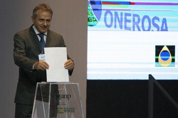 Brasil realiza subasta para explorar campos petroleros