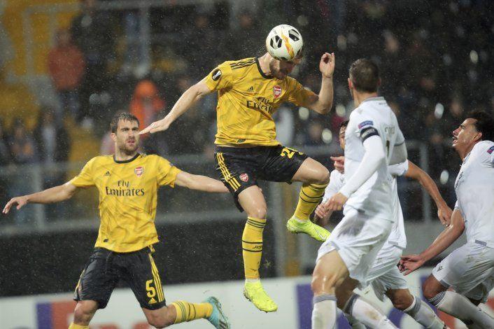 Liga Europa: Arsenal se deja empatar por Vitoria al final