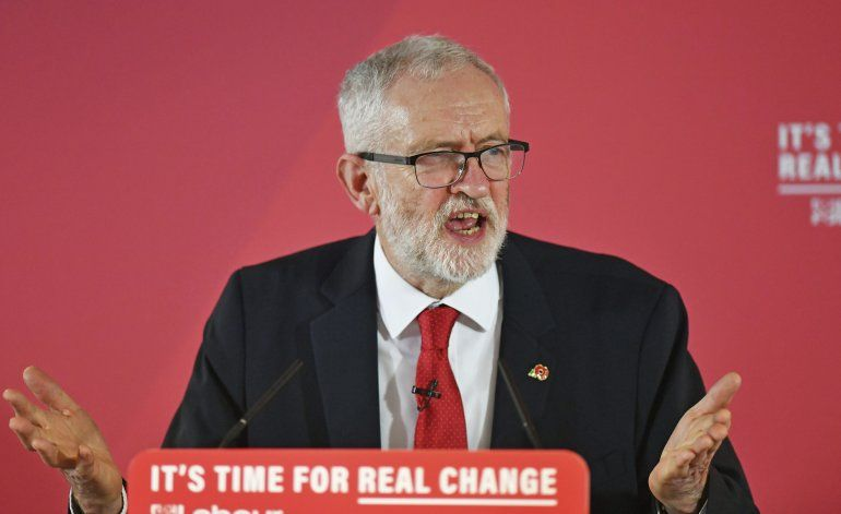 Acusan de antisemita a líder del británico Partido Laborista