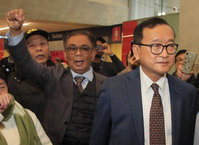 Líder opositor camboyano impedido de regresar