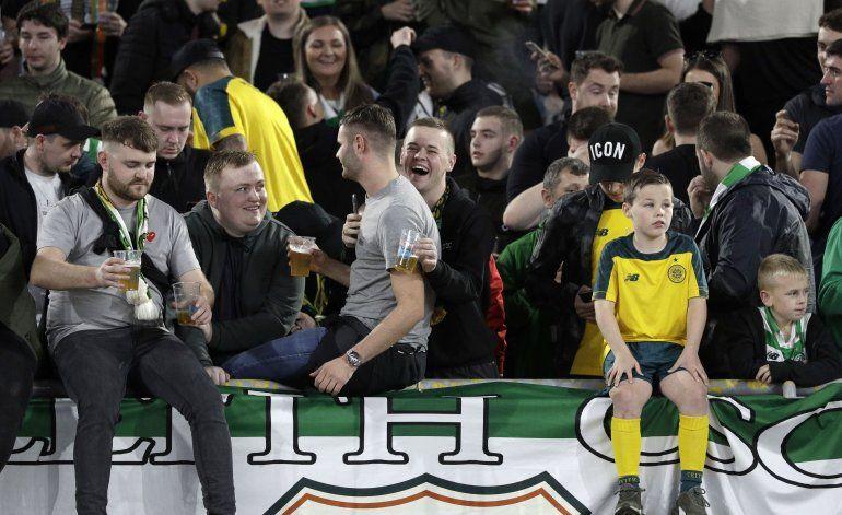 Apuñalan a hinchas del Celtic antes de partido ante Lazio