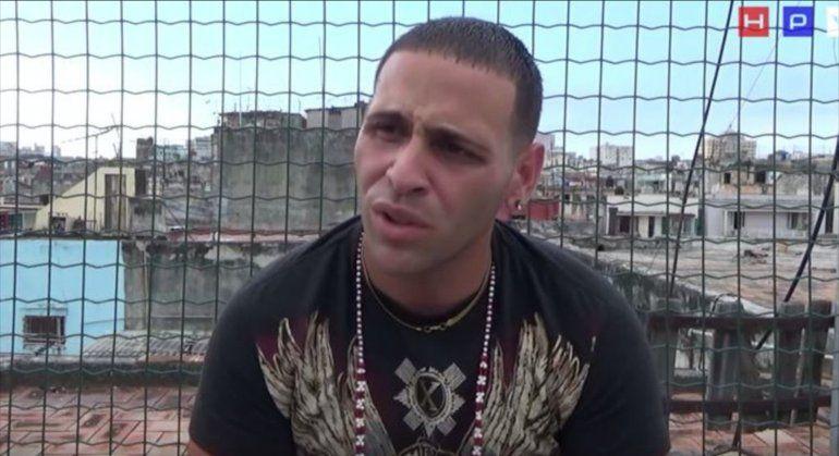 Niegan asilo en EEUU a rapero cubano, pero le suspenden orden de deportación
