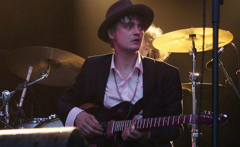 Cantante Pete Doherty arrestado por comprar drogas en París