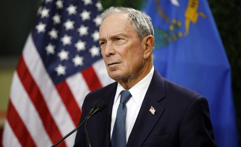 Análisis AP: Anuncio de Bloomberg sacude a los demócratas