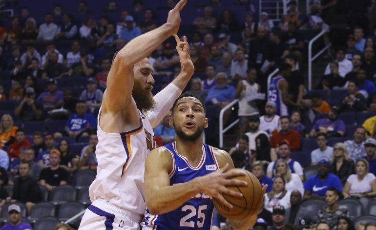 Simmons se perderá nuevo encuentro de 76ers por lesión