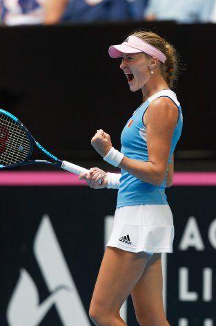 Francia gana en dobles, se lleva final de la Fed Cup