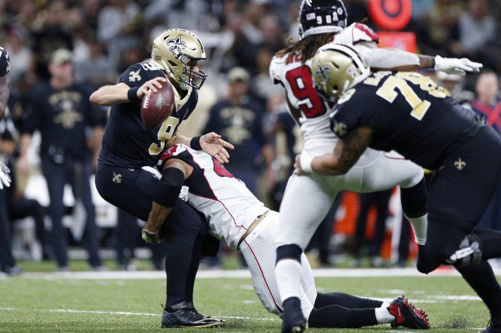 Falcons sorprenden a líderes Saints
