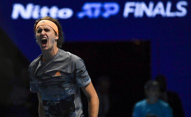 Campeón defensor Zverev supera a Nadal en Finales de la ATP