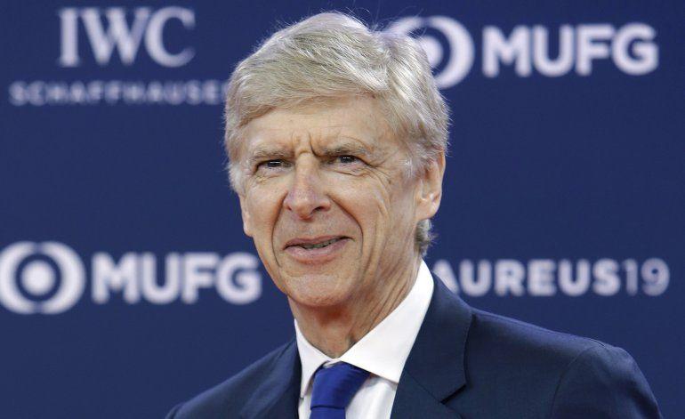 Wenger ficha con la FIFA como director deportivo