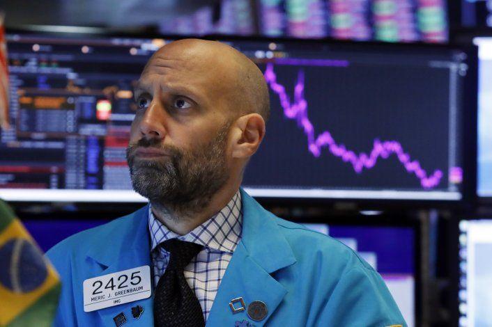 Wall Street: S&P 500 y Dow con récords, cae Nasdaq