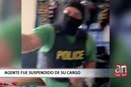 policia de opa-locka fue suspendido por entrar a la fuerza a una vivienda sin orden judicial