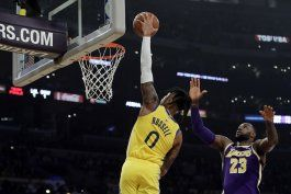 lakers superan a warriors 120-94, lideran nba con foja 9-2