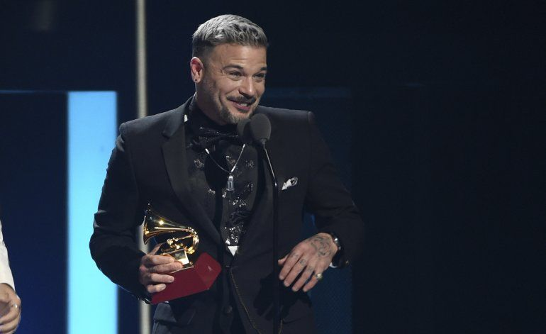 Rosalía gana 3 Latin Grammy, incluyendo álbum del año