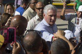 cuba permite acceso sin precedentes a gira presidencial
