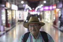 carencias llevan a jubilados a las calles de chile