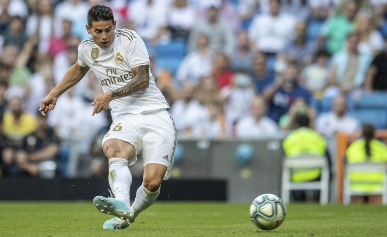 Colombia: James regresa a España tras sufrir lesión
