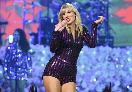 Taylor Swift dice que su actuación en los AMA está en duda