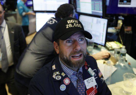 Wall Street cierra la semana conquistando récords