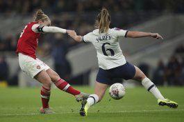 arsenal vence a tottenham, asistencia record de liga femenil