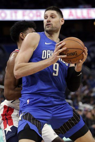 Vucevic y Fournier ayudan al Magic a vencer a los Wizards