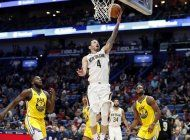 redick anota 26 puntos y pelicans vencen a warriors