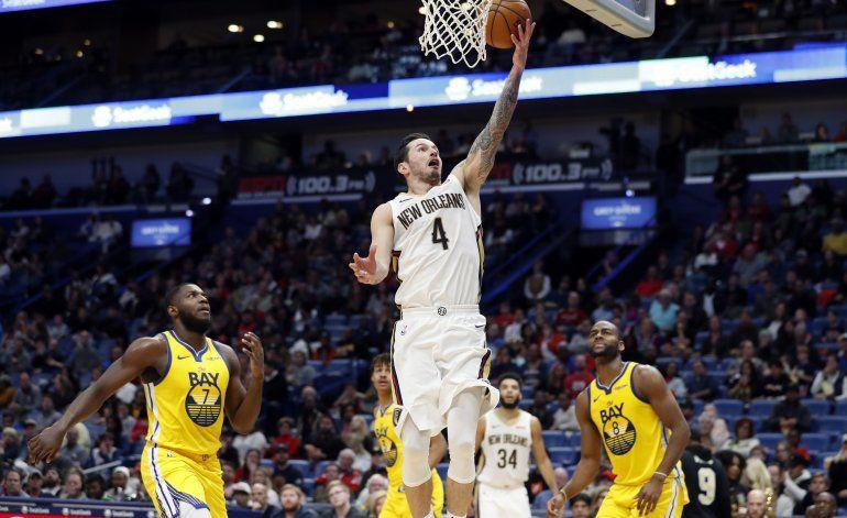 Redick anota 26 puntos y Pelicans vencen a Warriors
