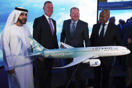 emirates anuncia pedido a airbus de 16.000 millones dolares