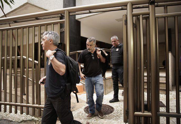 Brasil pide arresto de expresidente paraguayo Cartes
