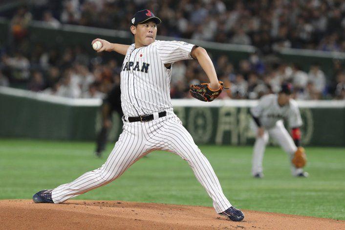 Pitcher japonés Yamaguchi buscará contrato en MLB