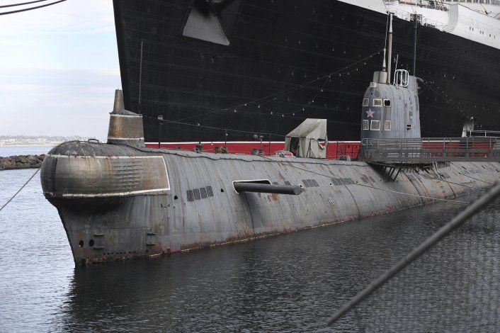 Ponen a la venta un antiguo submarino soviético en EEUU
