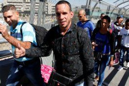 decision de jueza federal da esperanza a miles de cubanos en la frontera