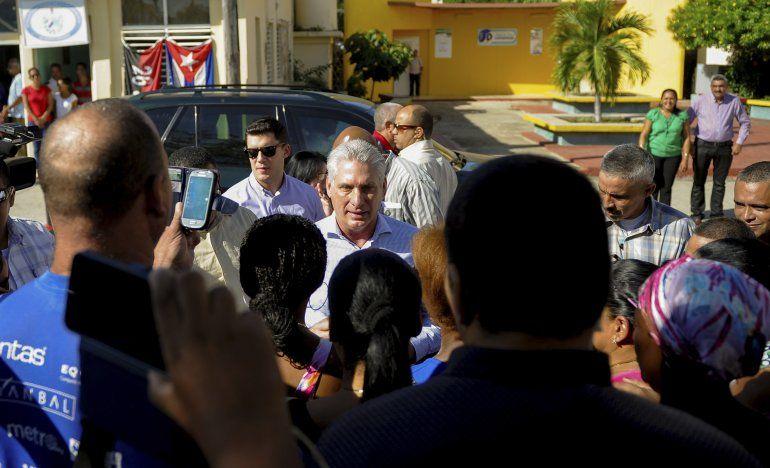Cuba legaliza la vigilancia electrónica sin orden judicial