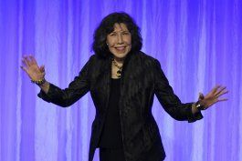 lily tomlin lamenta poner fin a ?grace and frankie?