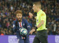 neymar vuelve tras lesion y psg despacha 2-0 a lille