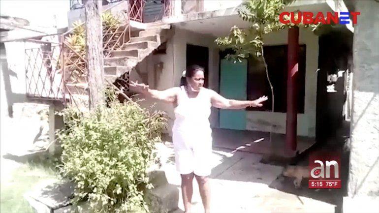 ¡Aquí no ha llegado la Revolución! cubana explota tras inundaciones de aguas albañales en su cuadra