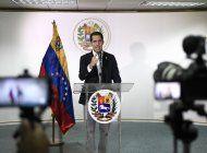 venezuela: escandalo de corrupcion estremece a la oposicion