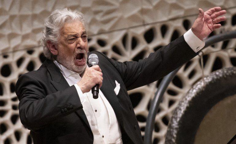 Reporte: Plácido Domingo niega abuso de poder en castings