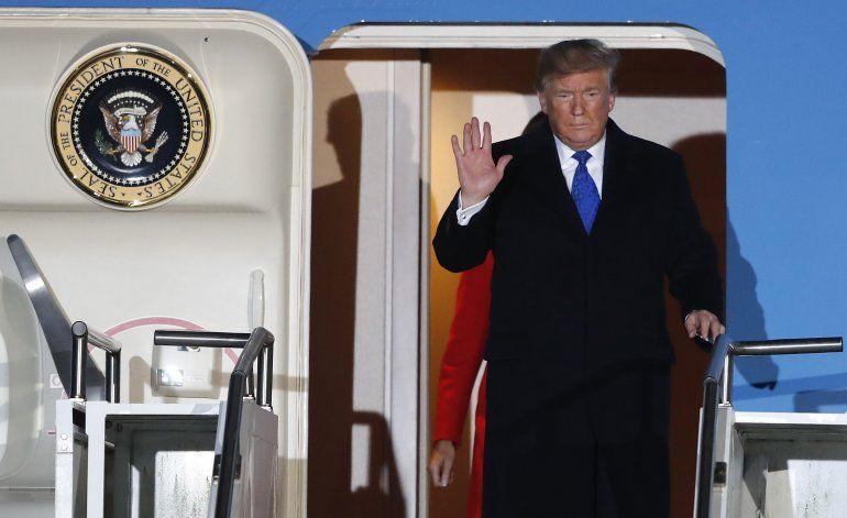 Juicio político empaña viaje de Trump para cumbre de la OTAN