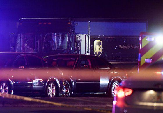 Cuestionan respuesta de policía en persecución de Florida