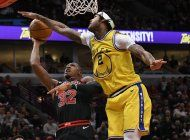 robinson iii anota 20 puntos y warriors ganan 100-98 a bulls