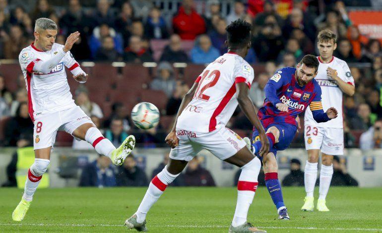Barcelona arrasa a Mallorca con recital de Messi y Suárez