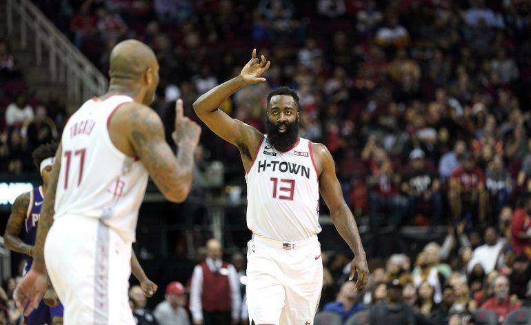 Harden se prende en último cuarto, Rockets vencen a Suns